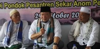 La Nyalla saat temui ulama di Madura (Foto Tri Wahyudi/Nusantaranews)