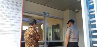 Loket pendaftaran Rutan Baru untuk para penjenguk Rutan. Foto Restu Fadilah/ NusantaraNews