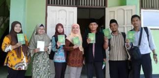 """Dosen PIAUD STAINU Temanggung karena ia meluncurkan buku yang berjudul """"Pendidikan Karakter Berbasis Budaya Pesantren"""" di kampus STAINU Temanggung, Sabtu (21/10). (Foto: Istimewa)"""