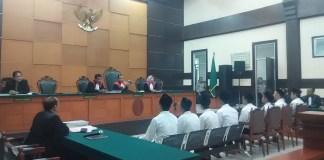 Sidang Bentrok Geng Motor Terdakwa Dipaksa Mengakui Pengeroyokan. Foto JTw/ Istimewa/ NusantaraNews