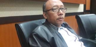 Wakil ketua Komisi E DPRD Jawa Timur marah dengan Kepala Dinas Pendidikan Jatim. (Foto: Tri Wahyudi/NusantaraNews)