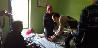 Sapa Warga Ngawi, Ibas Ajak Masyarakat Makan Buah Serta Hidup Sehat. Foto Muh Norcholis/ NusantaraNews