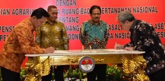 Penandatanganan MoU oleh Kemhan dan Kemen ATR/BPN (Foto Dok. Kemhan)
