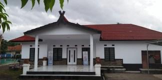 kantor Desa Camapaksari salaH satu program pembanguanan kades Kodir yang sial bangun kios usaha ekonomi bumdes perekonomian. Foto Fuljo/ NusantaraNews