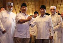 Ketua Umum Partai Gerakan Indonesia Raya (Gerindra) Prabowo Subianto mengumumkan Mayjen (Purn) Sudrajat sebagai calon gubernur Jawa Barat. Foto: Facebook/Prabowo Subianto