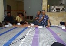 Wakil Ketua Komisi E DPRD Jawa Timur, Suli Da'im mengajak masyarakat untuk lawan hoax. (FOTO: NUSANTARANEWS.CO/Nurcholis)