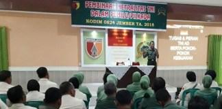 Kepala Staf Kodim 0824 Jember Mayor Inf Sampak meminta prajurit TNI pedomani buku putih tentang netralitas TNI. (Foto: Sis/Istimewa)
