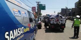 Operasi Kendaraan Untuk Meningkatkan Pungutan Pajak di Purwakarta (Foto Nusantaranews.co Fuljo)