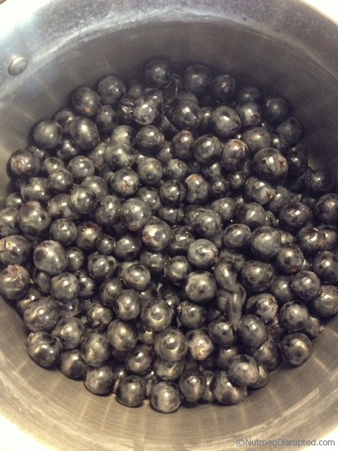 Making jelly with coronation grapes at Nutmeg Disrupted