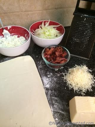 Making a Fenel Onion Tart on Nutmeg Disrupted