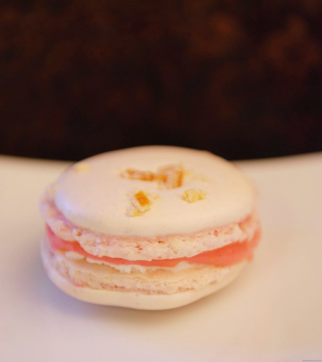 Grapefruit Macarons with Grapefruit Curd filling from Nutmeg Disrupted