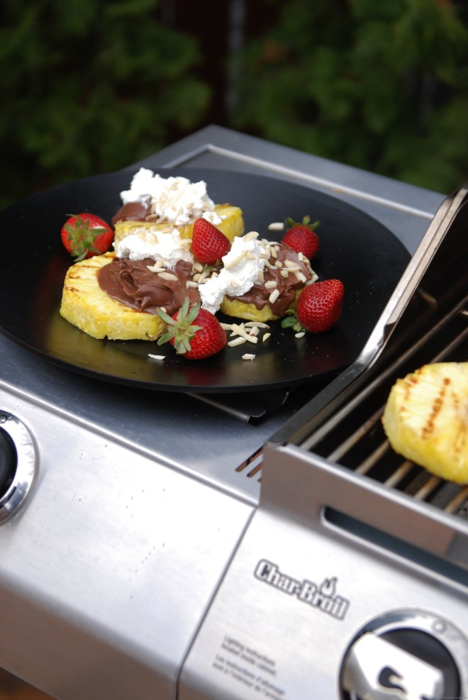 Grilled pineapple with nutella & cream on Nutmeg Disrupted