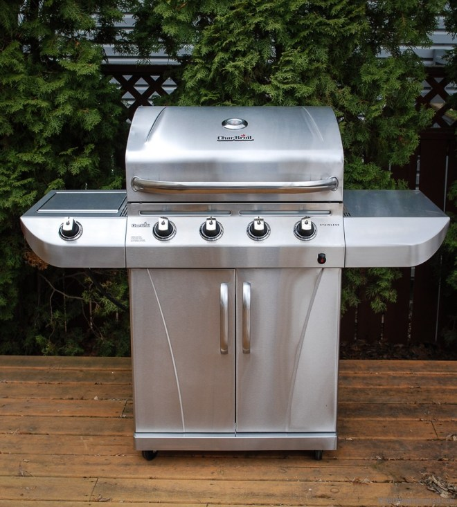 Stainless Steel 4 burner BBQ from Char Broil