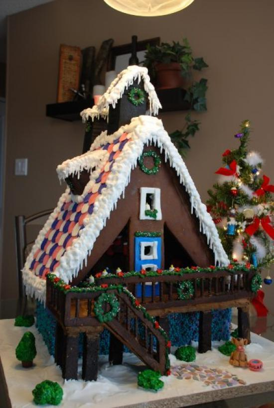 The Sugar Shack Gingerbread House on Nutmeg Disrupted