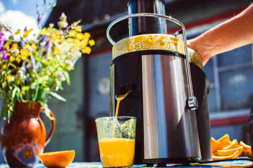 centrifugal juicer juicing oranges
