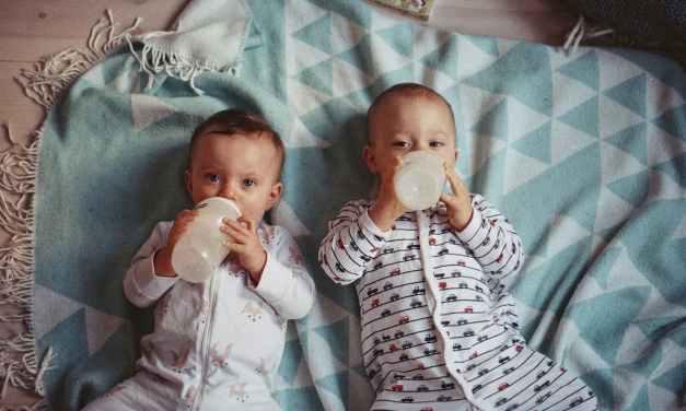只喝母乳的寶寶也會出現牛奶過敏的症狀?