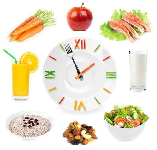 Lavori su turni? Scopri l'alimentazione giusta per te!
