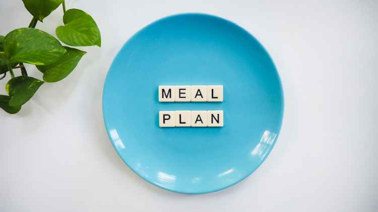 This image shows a plate for meal times and menu planning