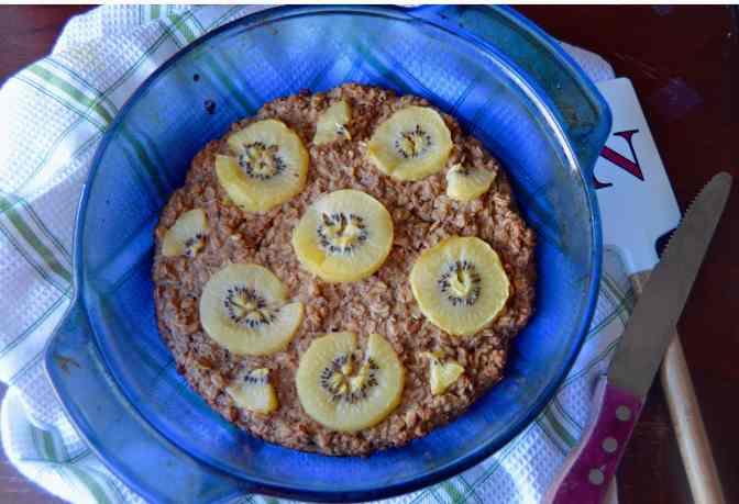 Baked Kiwi Oatmeal