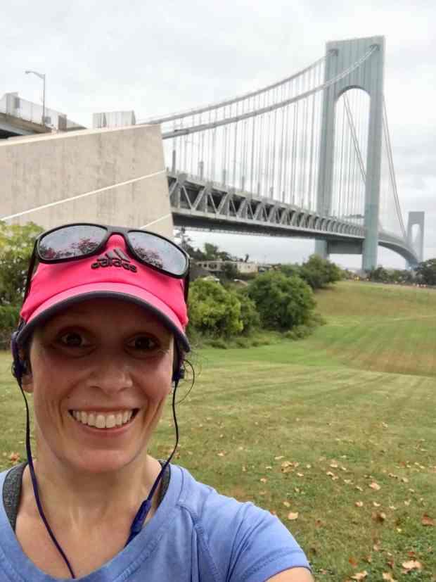 Runner in front of Verrazano Bridge