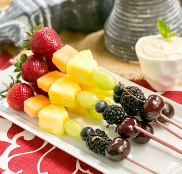 Fruit Kabobs & Marshmallow Cream Dip