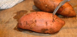 Instructions On How To Microwave Sweet Potatoes
