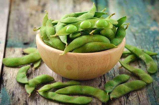edamame-beans-in-the-pod