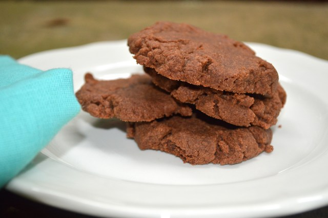 Nutella Cookies Plated 1