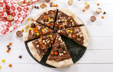 delish-chocolate-pizza