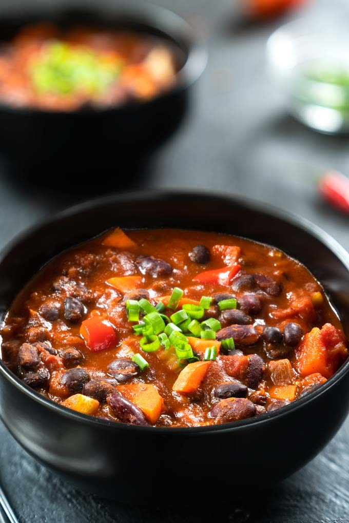 chili - healthy vegan bean chili