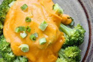Low-fat Vegan Cheddar Cheese Sauce Recipe