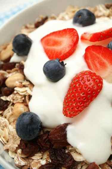 Yogurt on granola