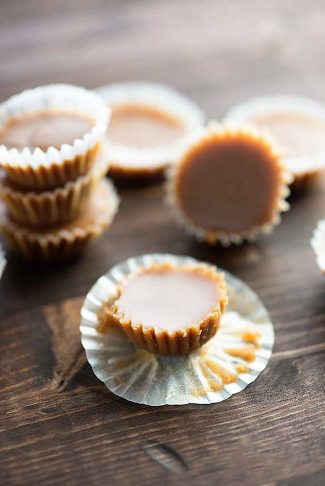 Maple Almond Fudge Fat Bombs