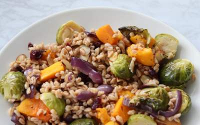 Meal Prep Farro Salad with Roasted Vegetables