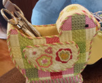 sewing tool bird needlepoint