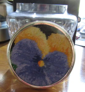 Lynda Cook needlepoint pansy in top of cut crystal jat
