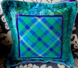 Stitching a Diagonal Plaid or Argyle