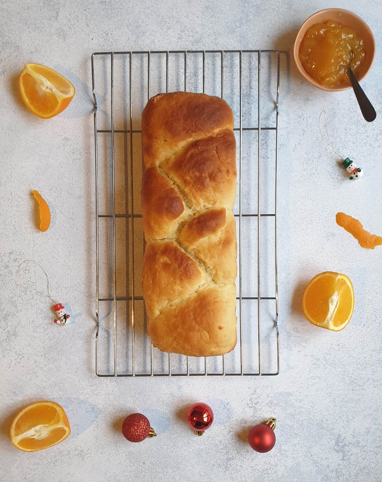 Photo d'illustration de la recette de Brioche de Noël vegan à l'orange