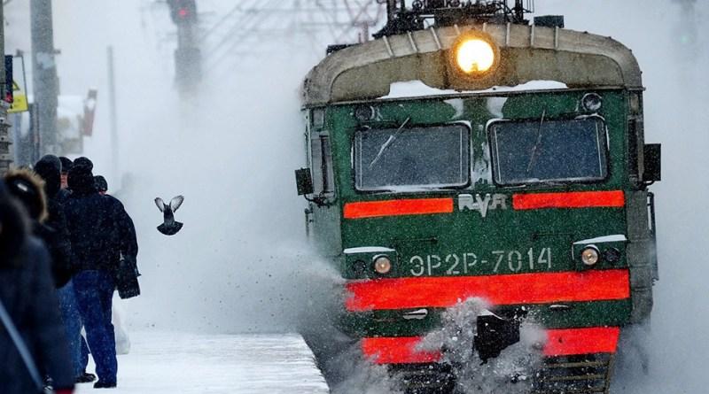 Пригородный электропоезд Оренбург-Медногорск возобновляет движение