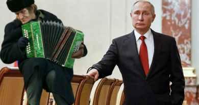 Путин отправил Медведева в отставку