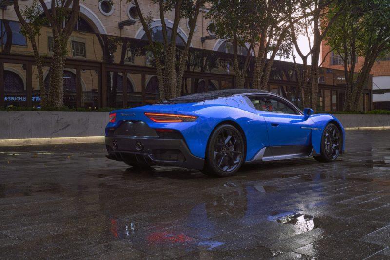Maserati unveils new MC20 super sports car with 463 kW!