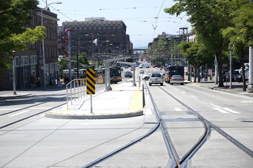 https://i1.wp.com/nwasianweekly.com/wp-content/uploads/2014/33_30/front_streetcar.JPG?resize=500%2C332
