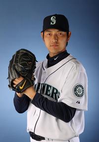 https://i1.wp.com/nwasianweekly.com/wp-content/uploads/2014/33_47/sports_iwakuma.jpg