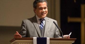 Filipino American activist dies
