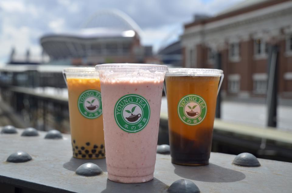 Teas and smoothies from Young Tea (Photo from Young Tea's Facebook page)