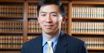 Study: Few Asian-Americans hold top legal jobs