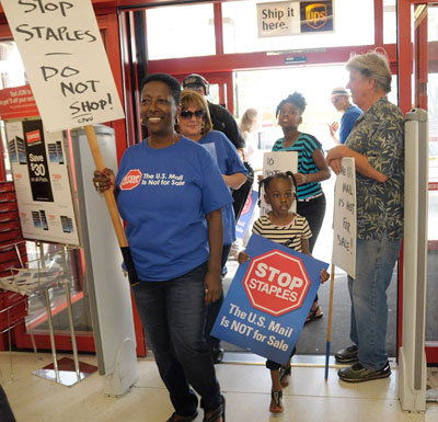 Protesters enter Staples