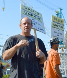 Shipyard Workers Picket Smoking Ban Nwlaborpress