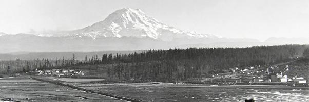 Mount Rainier seen from Tacoma 1894