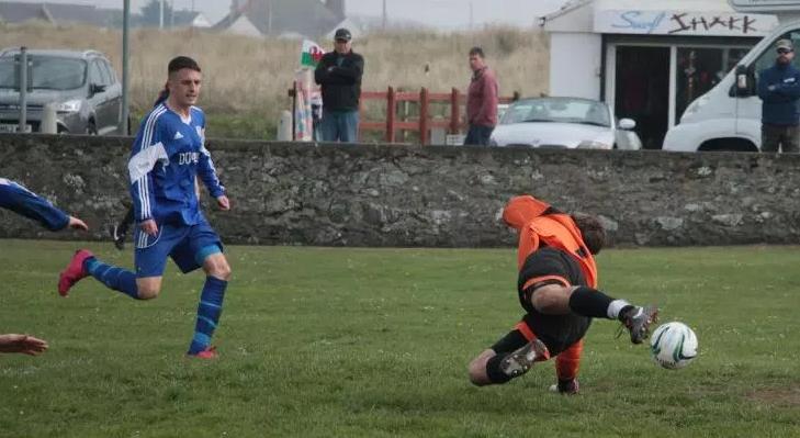 Anglesey/Ynys Môn football greats past and present – No8 Asa Thomas